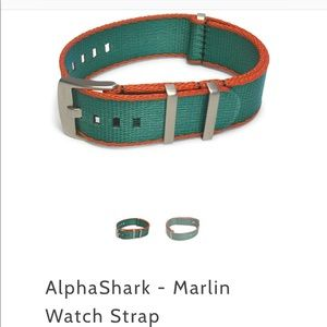 Alpha Shark 22mm NATO watch strap new great gift